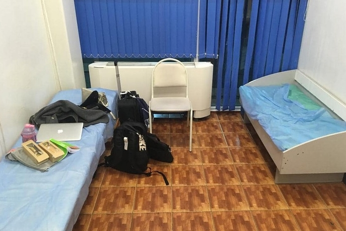В аэропорту Алматы ответили на критику комнаты матери и ребенка