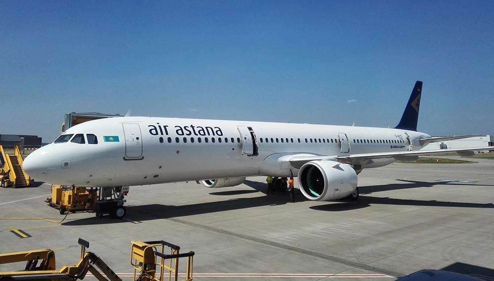 Самолет Air Astana вернулся в аэропорт вылета