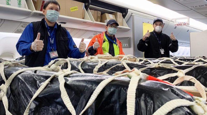 Air Astana перевозит грузы в пассажирских самолётах