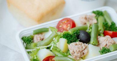 Бортовое питание на Qazaq Air
